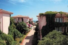 Отель Larissa Holiday Beach Club, Конаклы, Турция
