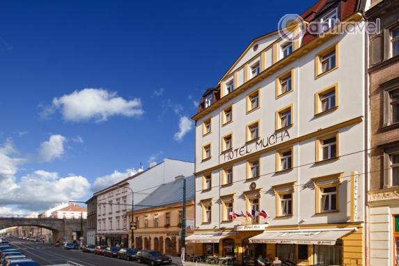 В праге продают отели
