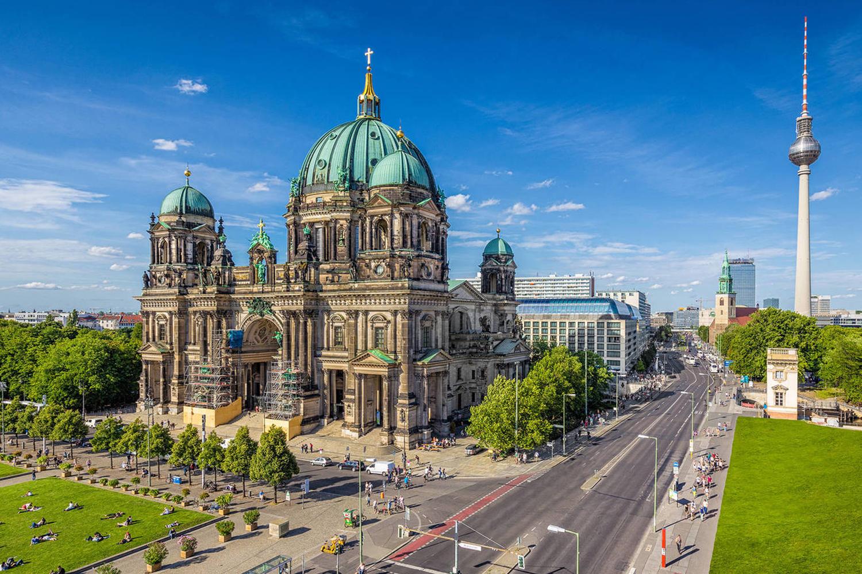 Тур с круизом на Monarch 4*: Берлин, Гетеборг, Амстердам, Лондон, Париж, Портленд, Виго, Лиссабон - Туристический оператор APL Travel (АПЛ Тревел)