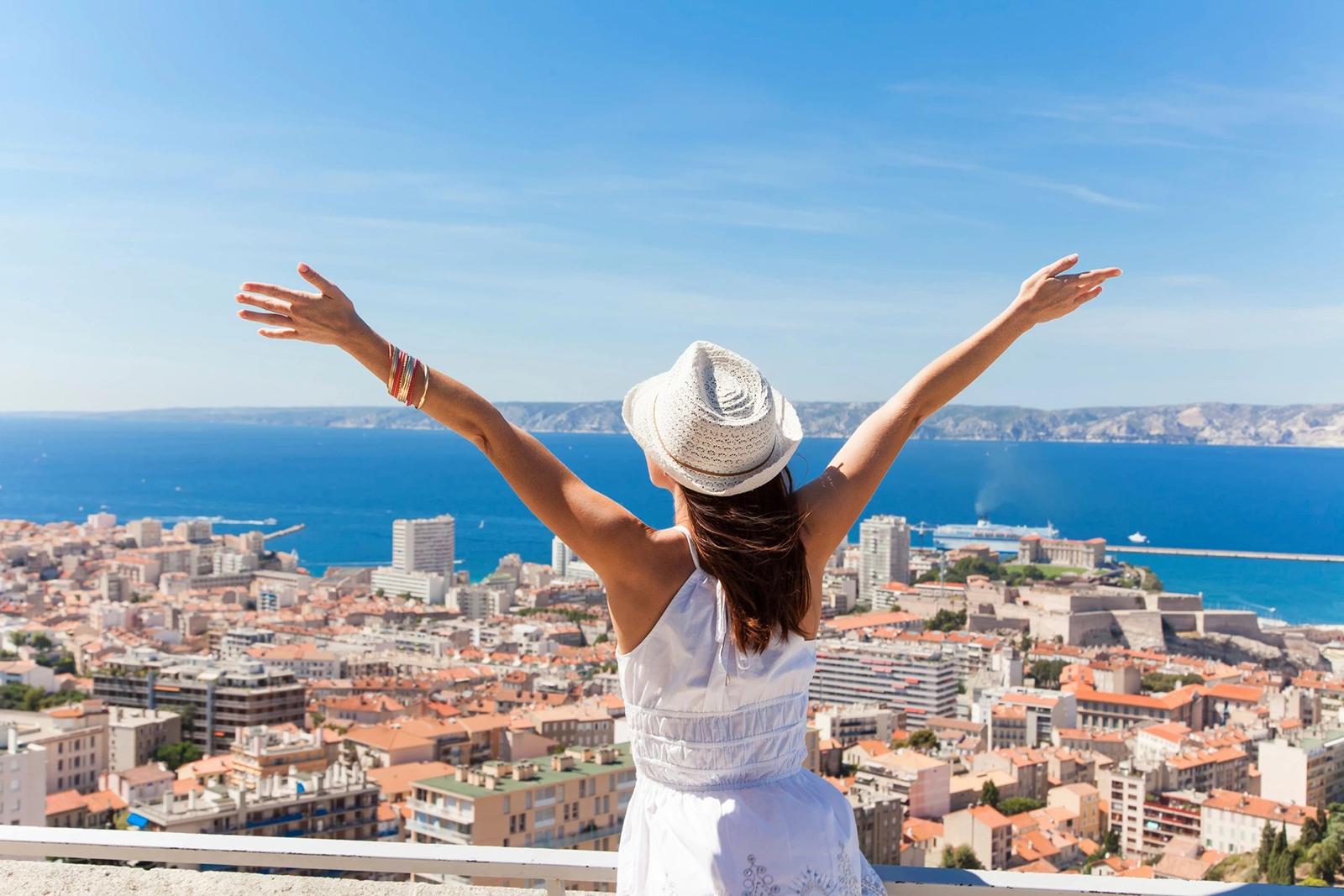 Тур с круизом на MSC Divina 5*: Марсель, Барселона, Генуя - Туристический оператор APL Travel (АПЛ Тревел)