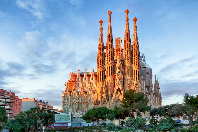 Захватывающее путешествие по Европе: Барселона, Валенсия, Палермо, Рим, Савона, Марсель - Туристический оператор APL Travel (АПЛ Тревел)